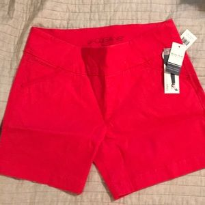 Jag shorts in Hibiscus size 14